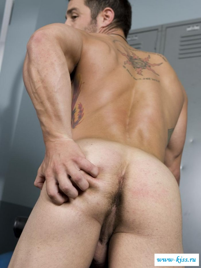 Pissing Pussy Boy Gay First Time Masculine And Stunning Austin Ried