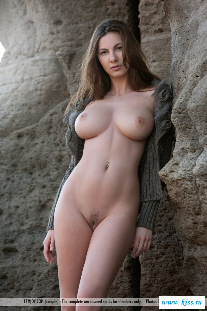 Perfect nude girl porn, coffee bar girls nude