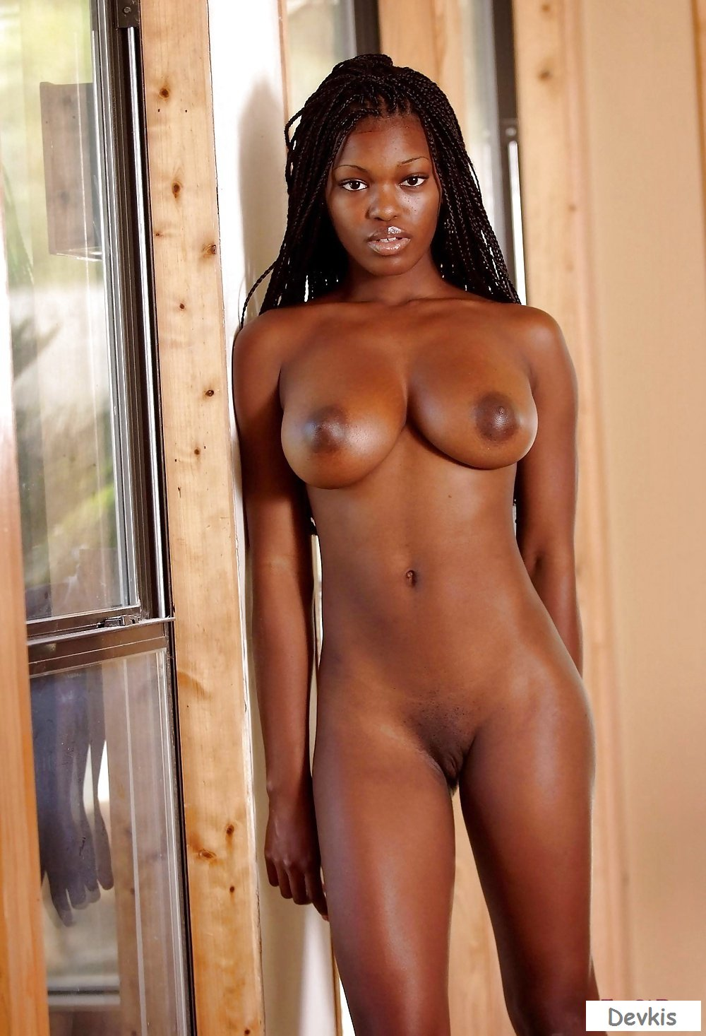 Ebony pics with hot ebony women, sexy black babes, ebony girls
