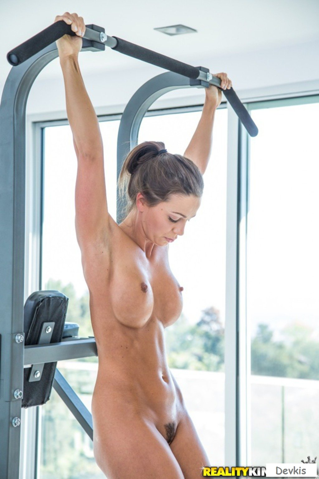 Sexy Babe Nude Workout