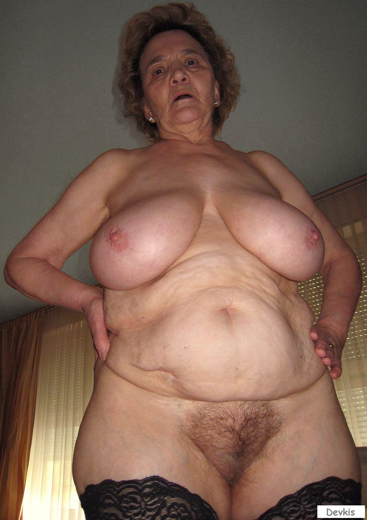 Super fat bbw ugly granny masturbates in front of young chick
