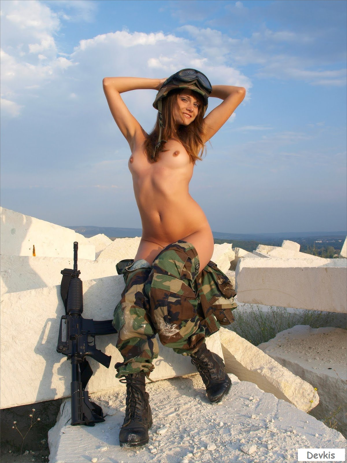 Female israeli soldiers nude