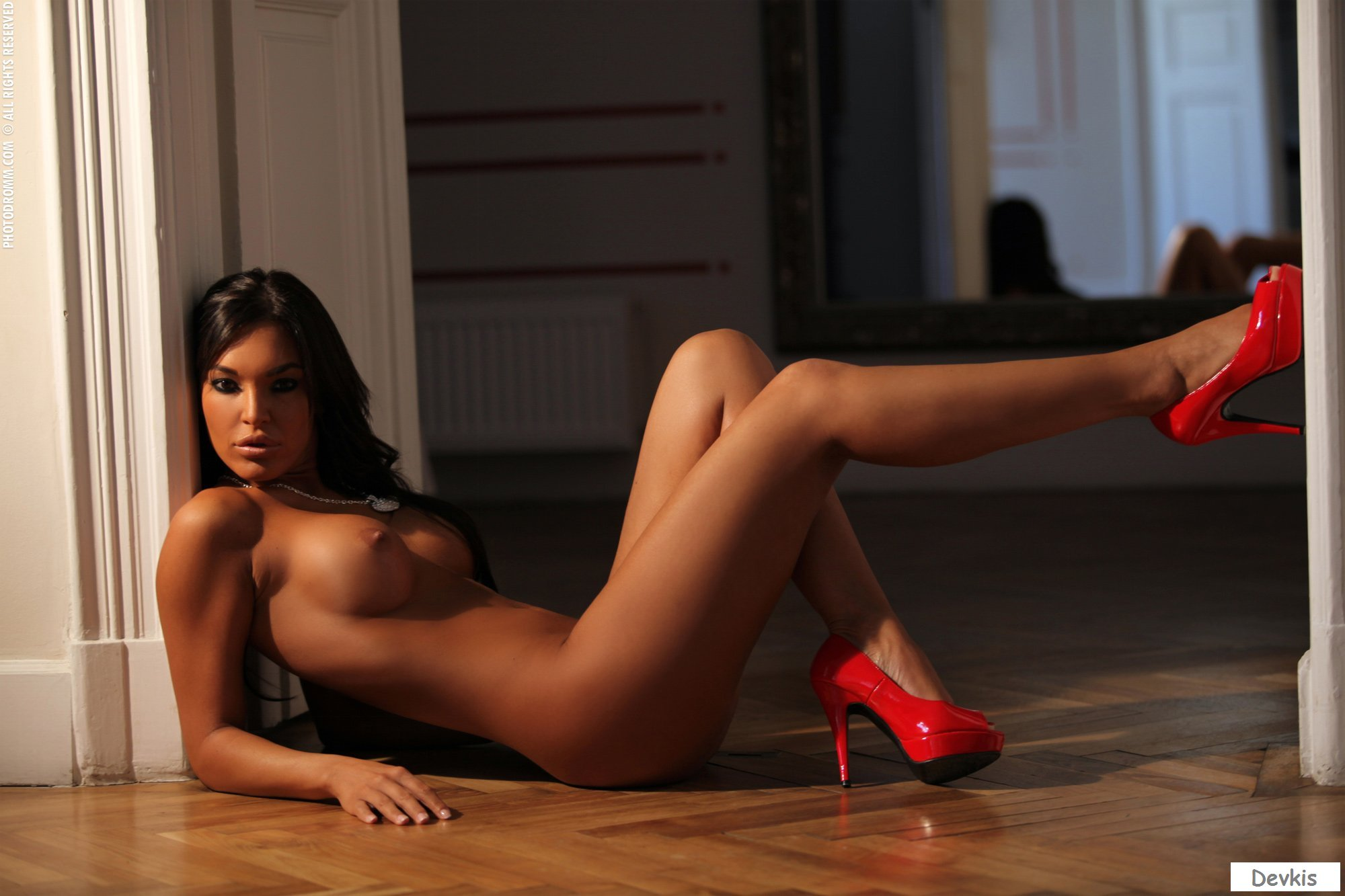 Free high heels, stockings pictures