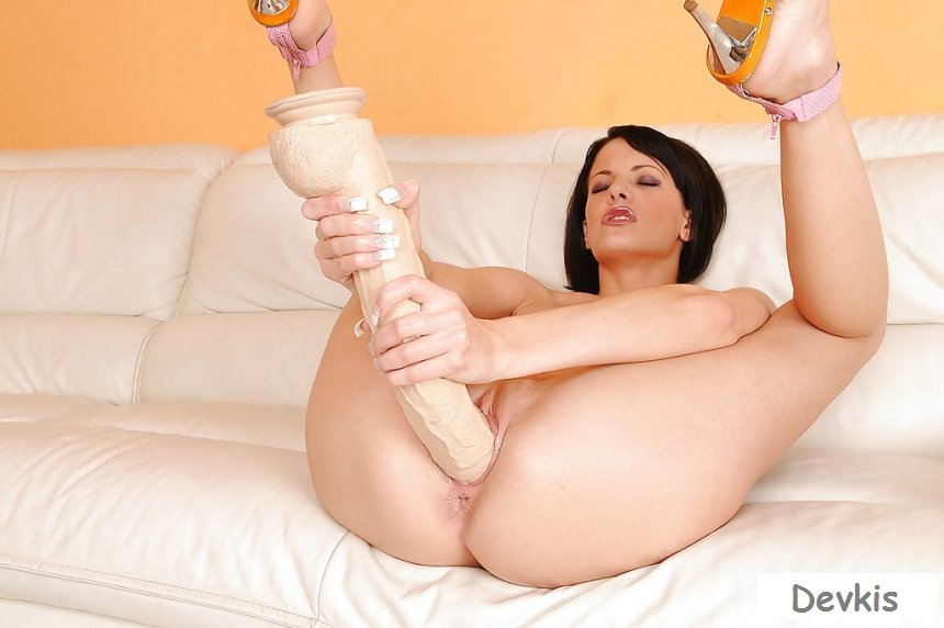 Desperate Tini With Dildo Pics 1