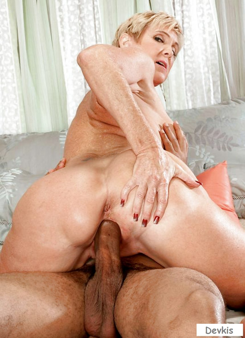 Horny Experienced Blond Pounded Hard On The Couch Mature Porn Granny Old Cumshots Cumshot