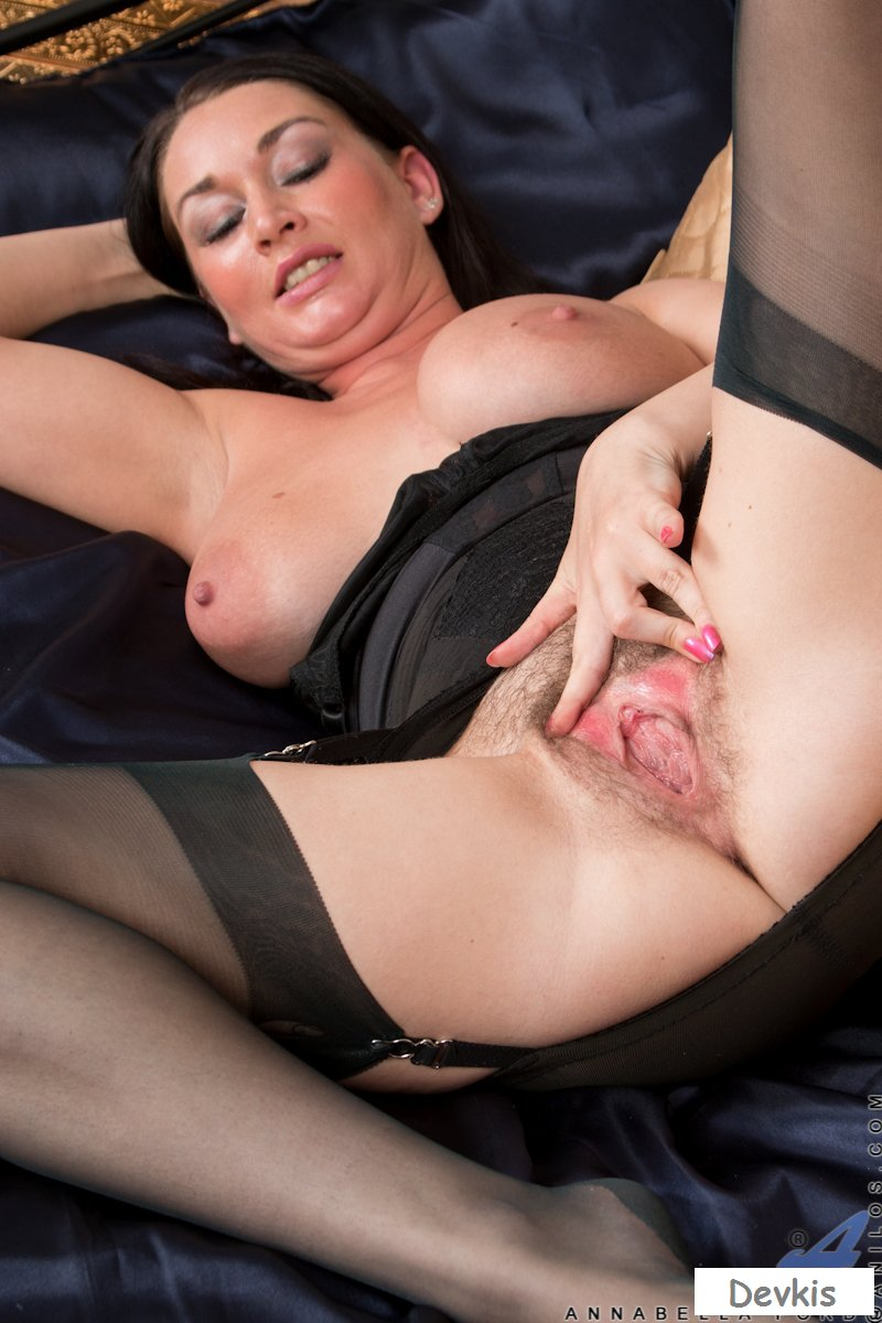 Fat pussy lips milf first time sly stepmom catches a fox